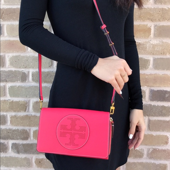 316721399f3f NWT Tory Burch Perforated Logo Crossbody RedGinger